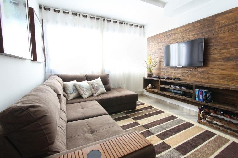 Tv Uit Kast Laten Komen.Hoe Combineer Je Een Eiken Tv Meubel Met De Rest Van Je Interieur