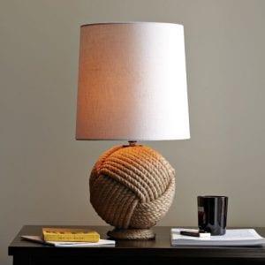 Grote lampen voor een landelijke stijl