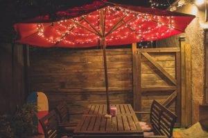 Houten tuinset met parasol