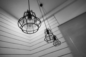 Industriële hanglampen met raster